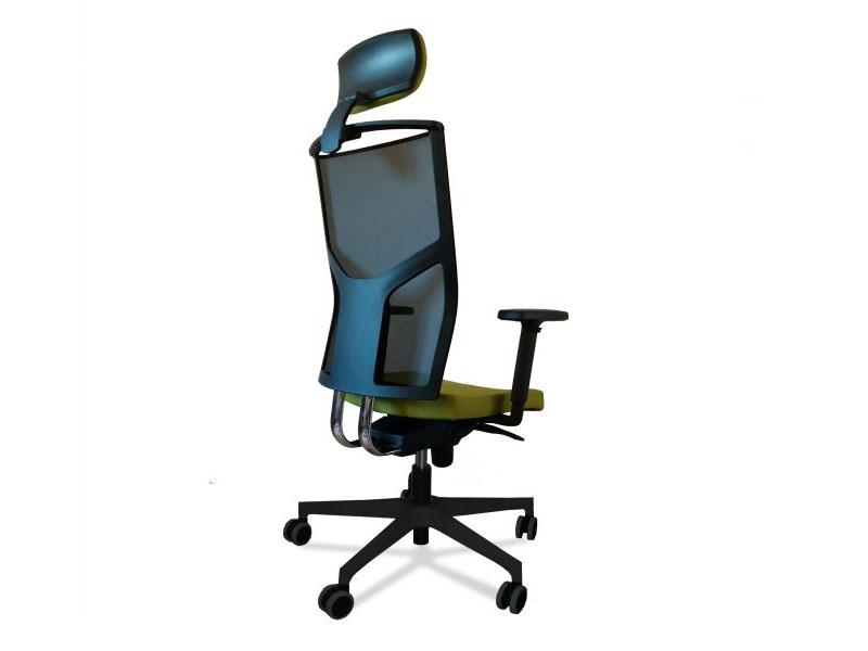 Radna stolica M 255, cena od 16.524,00 do 26.920,00 u zavisnosti od opcije 18.360,00RSD16.524,00RSD Kupovinom kancelarijske stolica klase M 255 izdvajate se iz svakodnevne ponude loscaronih i kvalitetom neispitanih stolica kojima je nascarone tržiscaronte prezasićeno. Stičete mogućnost produžene garancije, zatim servis u i van garantnog roka, dopune kada god to želite, i joscaron mnogo toga.. INFORMACIJE, KONTAKT I PORUČIVANJE  Cena od 16.524,00 sa pdvom je akcijska cena i odnosi se na standardni tip radnestolice M255. Za vise informacija pogledati cenovnik koji se nalazi u galeriji slika. Postoji mogućnost biranja dodatne opreme za standardni tip stolice čime svaki korisnik za sebe kreira svoju stolicu i prilagodjava cenu stolice shodno svom budžetu. Standardni tip stolice sadrži sledeće: naslon za ledja u mreži (izbor boja), lumbalna podrscaronka podesiva po visini, sinhro mehaniazam S sa 5 pozicija zakjlučavanja, pvc piramidalna zvezda 680mm, pvc tokići fi.50mm, bez rukonaslona i glavonaslona. Veliki asortiman dodatnih opcija čini je fleksibilnom i prilagodljivom svakom korisniku. Mogućnost izbora pvc zvezda, točkića, stopica, liftova, rukonaslona, naslona za ledja, boja i materijala. Samim izborom opcije korisnik sam kreira stolicu i samim tim formira cenu tražene stolice. Primer obračuna stolice M255 sa početne slike, akcijska osnovna cena je 13.770,00+ pdv. + izabrane opcije: Podesivi naslon za leđa sistem up/down, crna mrežahellipuračunato u cenu, tapacirani podesivi glavonaslonhellipdoplata 3.600,00 din. + pdv Ergonomski oblikovano sediscaronte i naslon, lumbalna podrscaronkahellipuračunato u cenu. Podescaronavanje visine gasnim cilindromhellipuračunato u cenu. sinhro mehanizam, podescaronavanje nagiba sediscaronta i naslona, tapacirano sediscaronte u boji i materijalu po izboruhellipuračunato u cenu. Podescaronavajući pu rukonaslonihellipdoplata 2.700,00 din + pdv PVC piramidalna zvezdahellipuračunato u cenu Opterećenje: 120 kg..uracunato u cenu Ukupna cena