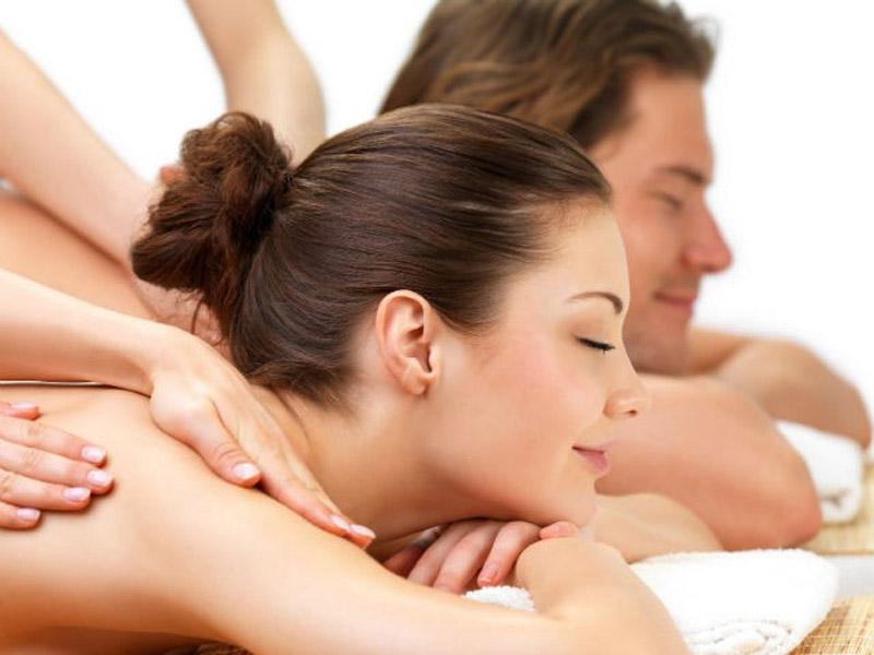800 din.-za RELAX masažu ili refleksologiju stopala u trajanju od 60 minuta uStudiju lepote