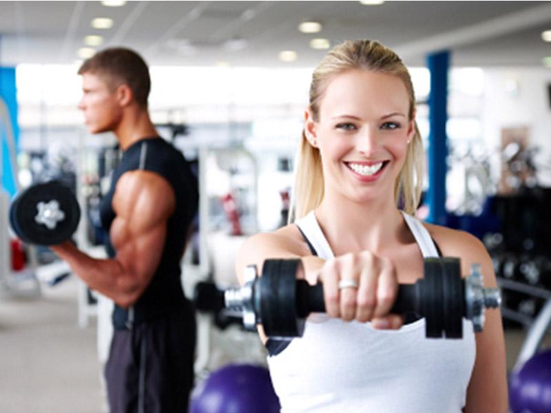 1490 din. umesto 3500 din. za mesec dana koriscaronćenja teretane za muscaronkarce i žene svaki dan u periodu od 8-16h + 4 termina u finskoj sauni u Fitnesampspa centru FIT-LIFE, Trg Komenskog 6,(iz Danila Kiscarona desno, pa ponovo desno) Novi Sad! Vikendom se moze dolaziti u toku celog radnog vremena! Fit-Life je fitness i wellness centar u Novom Sadu koji pruža puno zadovoljstvo, relaksaciju i zdrav odnos prema svom telu i umu. Smescaronten je u scaronirem centru Novog Sada, na mirnom mestu i uscaronuscaronkanom Trgu Komenskog 6.   U prijatnomklimatizovanom ambijentusmescaronteni su odeljak za fitness i rekreaciju, koji čine teretana i sala za grupne treninge i SPA deo sasaunom, đakuzijem i prostorijama za masažu.  Porednajsavremenije opremeza teretane i fitnes, nascaron centar raspolaže iprelepim svlačionicama,tuscaron-kabinamaikafeom u kome možete dodatno da se opustite posle treninga.  Uz pomoć stručnih saveta nascaronih trenera saznaćete kako da se na zdrav način rescaronite masnih naslaga, kako da povećate miscaronićnu masu, poboljscaronate aerobne sposobnosti, kako zdravo da se hranite, koliko protein,a ugljenih hidrata i masti da unosite, koji program vežbi vam najviscarone odgovara ili uz pomoć kojih vežbi možete biti super fit! Grupni programi su pažljivo osmiscaronljeni i realizovani- Pilates, Fit Bike, Zum Bum, Power Fitness, Fit Circuit.   Toplo Vam preporučujemo da se posle napornih treninga opustite uz neku od masaža koje imamo u ponudi- masaža sa eteričnim uljima-aromaterapija, anticelulit, antistres, sportska, scaronvedska, indian sculp, lomi-lomi, klasična relaksaciona masaža ili kraljevska,po Vascaronoj želji. Ostavite sve iza sebe i prepustite se bar na trenutak uživanju i relaksaciji u nascaronem đakuziju.  Fit-Life tim je tu za vascarone zadovoljstvo, dobar izgled, dobro zdravlje i dobro raspoloženje! U saradnji sa Poscarontama Srbije uveli smo joscaron jedan način plaćanja (PostFin gde možete uplatiti VAUČERE svakim radnim danom kao i Suboto