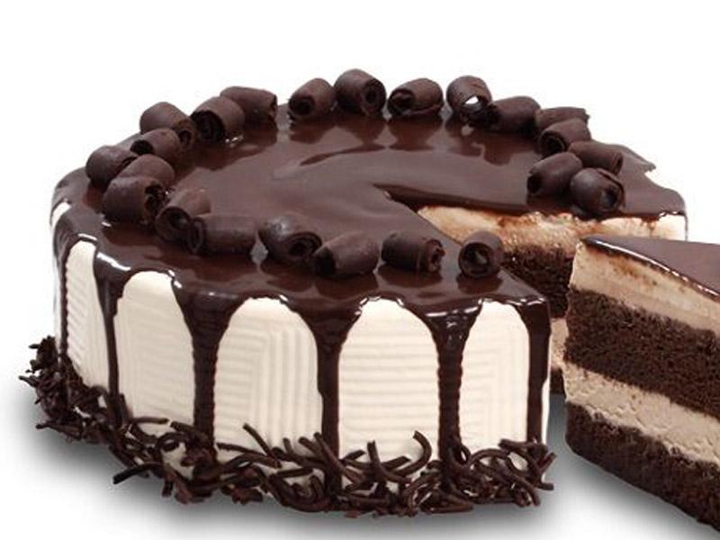 980 din umesto redovne cene od 2000 za 2(dva) kg torte po Vascaronem izboru u poslastičarnici ldquoOsmi kontinentrdquo Sentandrejski put 97 u Novom Sadu.Izaberite Scaronvarcvald, Markizu, Snikers, Cheese cake, Čoko scaronnit ili posna čokoladna torta sa malinom ili viscaronnjom. IZABERITE JEDNU od6 vrsta fenomenalnih torti ! POPUSTI 021 u saradnji sa poslastičarnicom ldquoOSMI KONTINENTrdquo su vam pripremili slatku ponudu da obradujete sebe i Vama drage osobe.Za koju god tortu da se odlučite nećete pogrescaroniti jer Vas očekuje poslastica od najboljih sastojaka savrscaronenog ukusa, izgleda i mirisa. U NAJVEĆEM PROCENTU POSLE KUPLJENE PRVE TORTE ZADOVOLJNI KUPCI OBIČNO ISPROBAJU I OSTALE TORTE.Bilo je slučajeva da su sladokusci naručili svih 6 različitih vrsta. Torte su težine 2 kg. okruglog oblika prečnika 26 cm, scaronto je dovoljno za 15 osoba ndash parčadi . Dekoracija po želji se dodatno naplaćuje. Mogučnost spajanja vaučera u veće TORTE.  Uživajte i prijatno!!! U asortimanu poslastičarnice ldquoOSMI KONTINENTrdquo možete naći razne vrste sitnih kolača, sladoled na točenje, scaronirok izbor torti svih oblika i dekora po želji i ukusu. Za slave, praznike, veselja, svadbe ili jednostavno da se zasladite! Zadovoljni kupci su nascarona najbolja reklama! Posetite nas i uverite se sami u kvalitet i dobre ukuse!